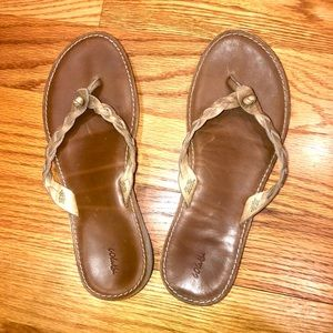 OluKai Kahiko leather flip-flops (9)